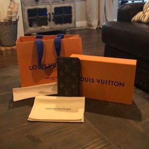 Louis Vuitton IPhone 8 Folio Monogram Case